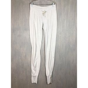 Lululemon pleasing pant polar cream 8 long